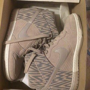 Nike Shoes - Nike Dunk Sky Hi